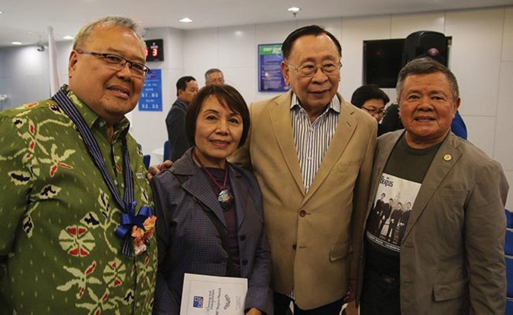 BAGUIO. SunStar Baguio publisher Reinaldo Bautista Sr. with wife Divina Bautista join Development Bank of the Philippines Chairman Alberto Romulo and Director Rogelio Garcia during the inauguration of DBP Baguio branch along lower Session Road. (Milo Brioso)