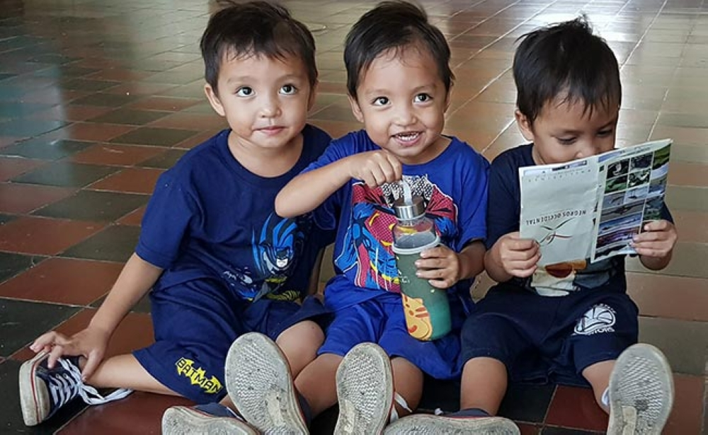 BACOLOD. Three-year-old triplets Balthazar, Gaspar, and Melchior visit the Provincial Capitol in Bacolod City Wednesday. (Carla N. Cañet Photo)
