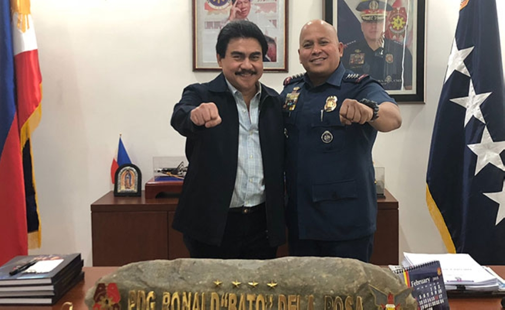 BACOLOD. Mayor Evelio Leonardia and Philippine National Police (PNP) Chief Director General Ronald dela Rosa at the PNP headquarters in Camp Crame on March 16. (Contributed photo)