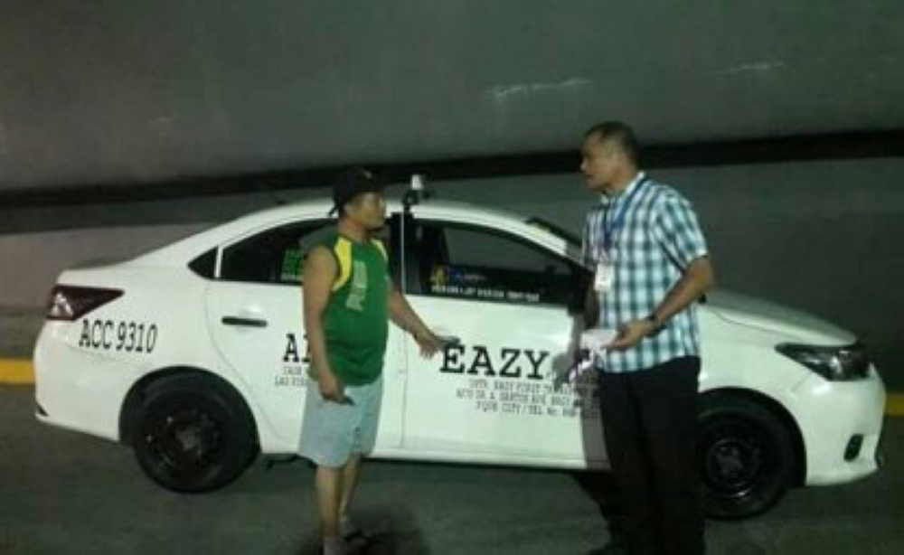 MANILA. An airport authority was able to intercept Eazy First taxi with plate number ACC 9310 near the Ninoy Aquino International Airport (NAIA) on Tuesday. The unit was brought to the impounding area at the Nayong Pilipino compound. Last Jan. 27, a food vlogger filed a complaint against the driver of this taxi unit, who charged a fare of P1,500 from NAIA terminal 3 to terminal 4. (Photo courtesy of Manila International Airport Authority)