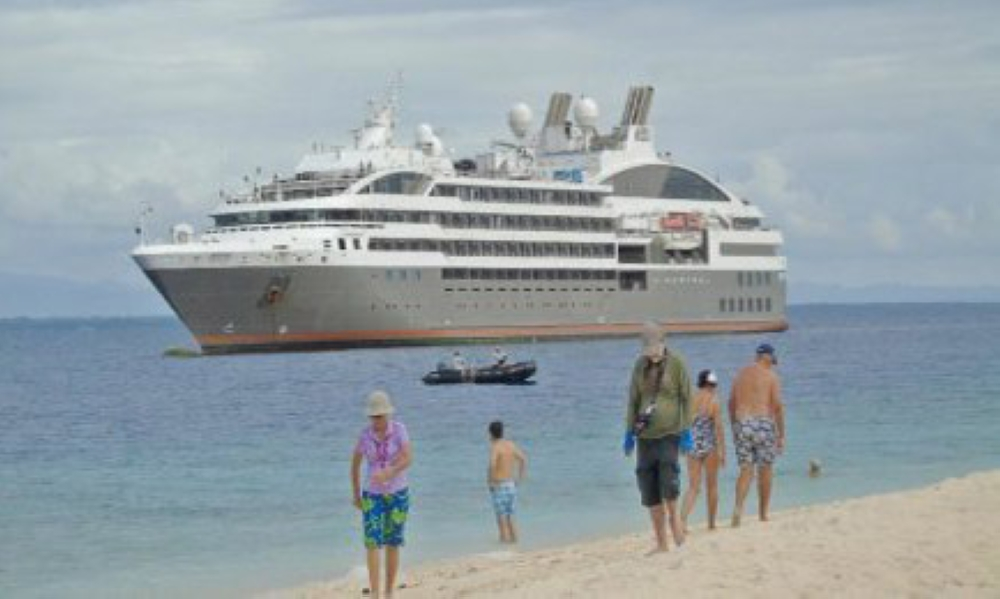 TACLOBAN. French Cruise ship 'L'Austral of Compagnie du Ponantstops at Himukilan Island in Hindang, Leyte on March 28. It was the first time that the cruise ship included Leyte's Cuatro Islas in its trip. (Roel Amazona/Sunstar Tacloban)