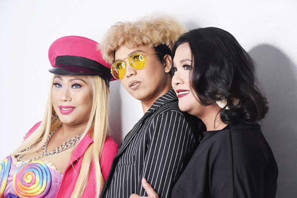 Ricadiva Rosales a.k.a. Nicki Minaj  of Cebu, Nap Kin a.k.a. The Latest Vice Ganda Kalookalike of Cebu, and Sam Menchavez a.k.a. Virginia V