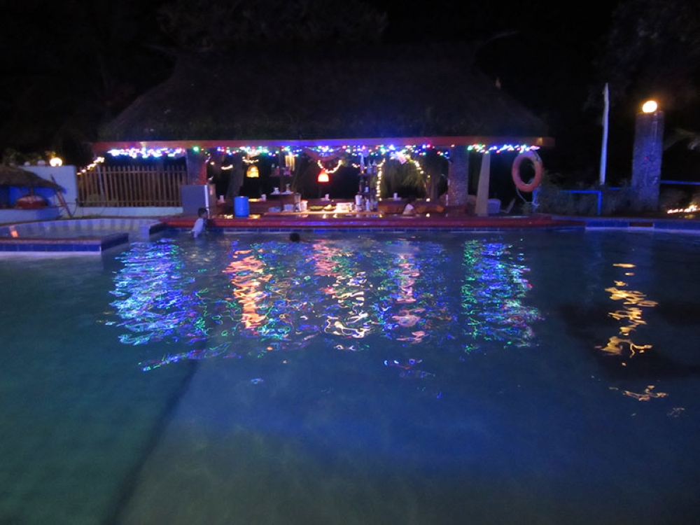 BACOLOD. The pool bar of Artistic Diving Resort. (Claire Marie Algarme)