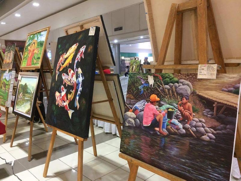 Art exhibit for a cause - SUNSTAR