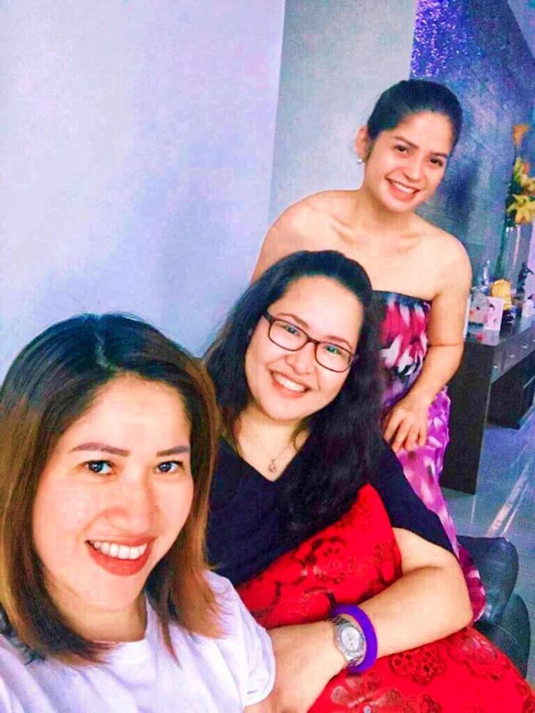 The trio. Ang mga besh—Joy Co, me (the writer), and Weena Adelante.