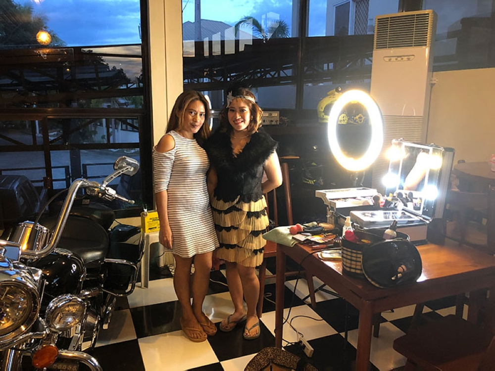 Soxy Esma with my good friend Joy Co. She helped us get ready for the Gatsby party we attended.