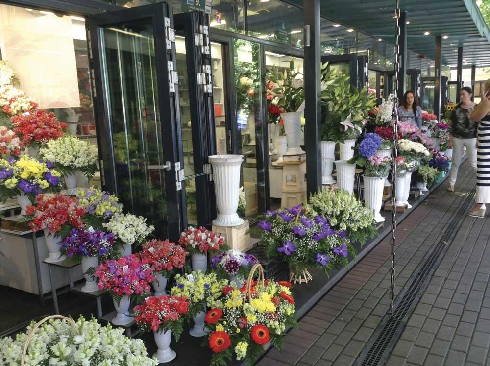 Flower market (Photo/Melanie T. Lim)