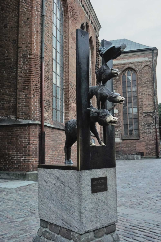 Bremen town musicians, a statue of a donkey, dog, cat and rooster made in 1990, represents Latvia's peering through the Iron Curtain as it agitated for independence from the USSR. (Photo/Melanie T. Lim)