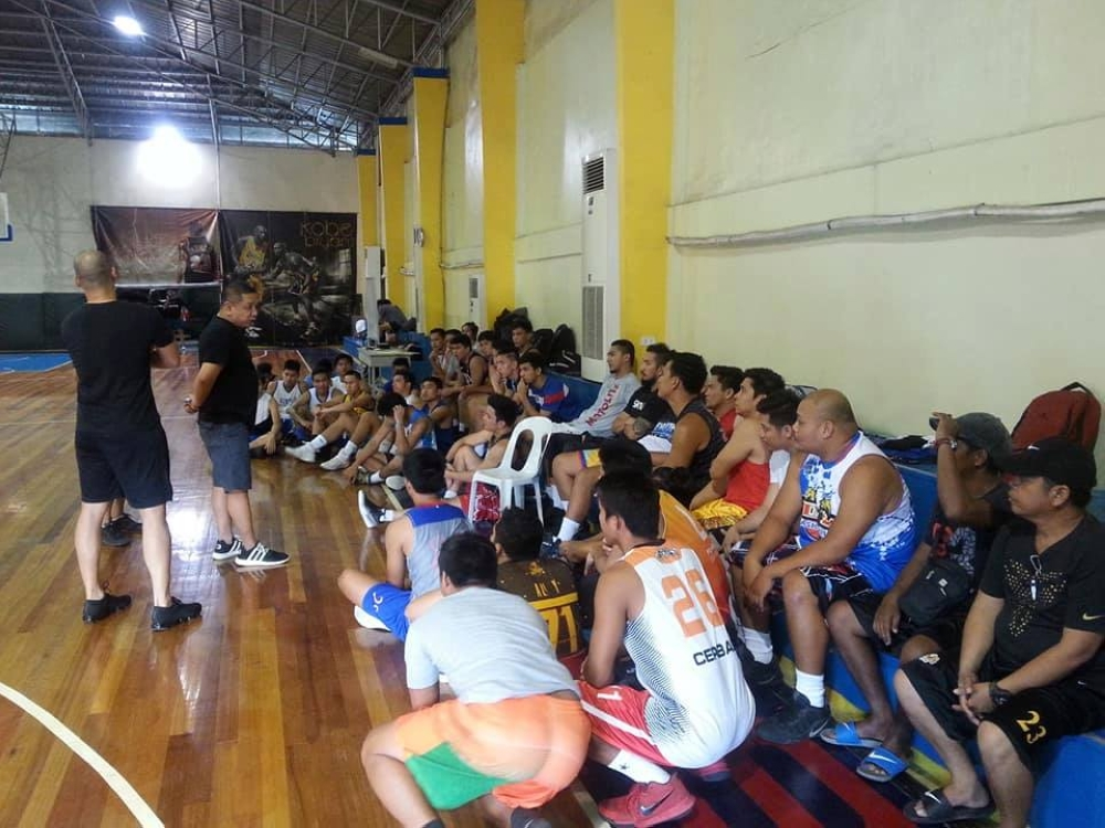DAVAO. Participants are being oriented during the Samahang Basketbol ng Pilipinas (SBP)-Escandor Davao Selection Tryouts Saturday afternoon at the Genesis 88 Gym in Ecoland. (Adam Morrell)