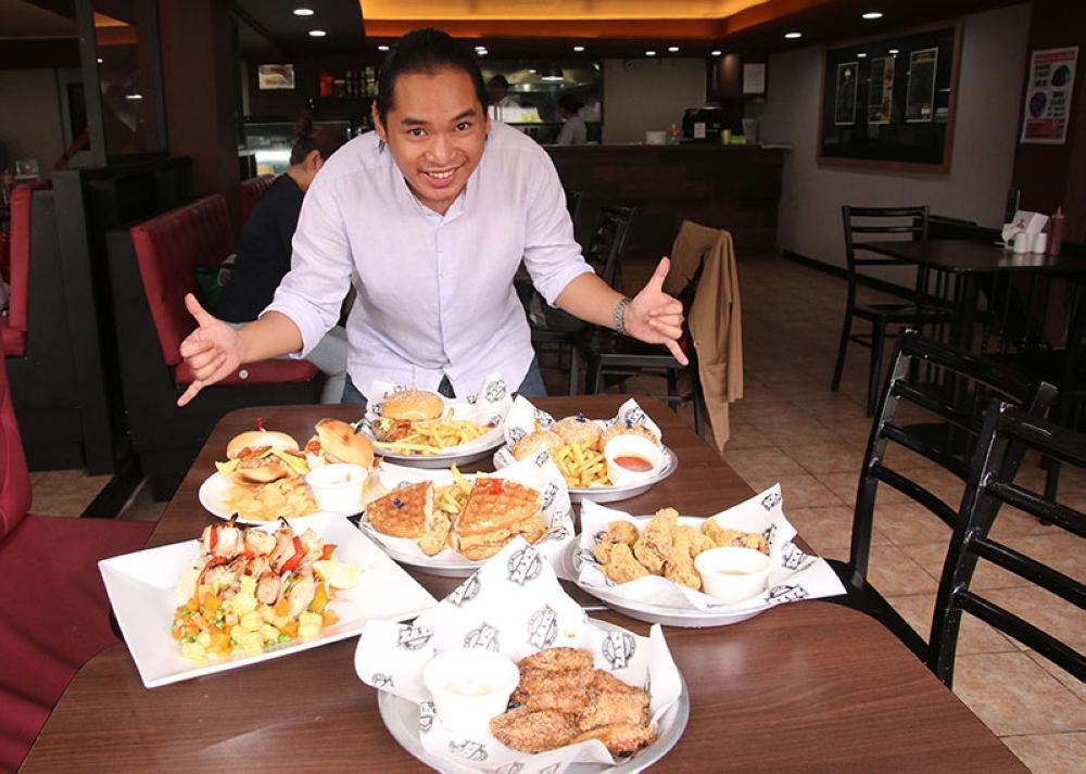 Zax's chef Carlo 3