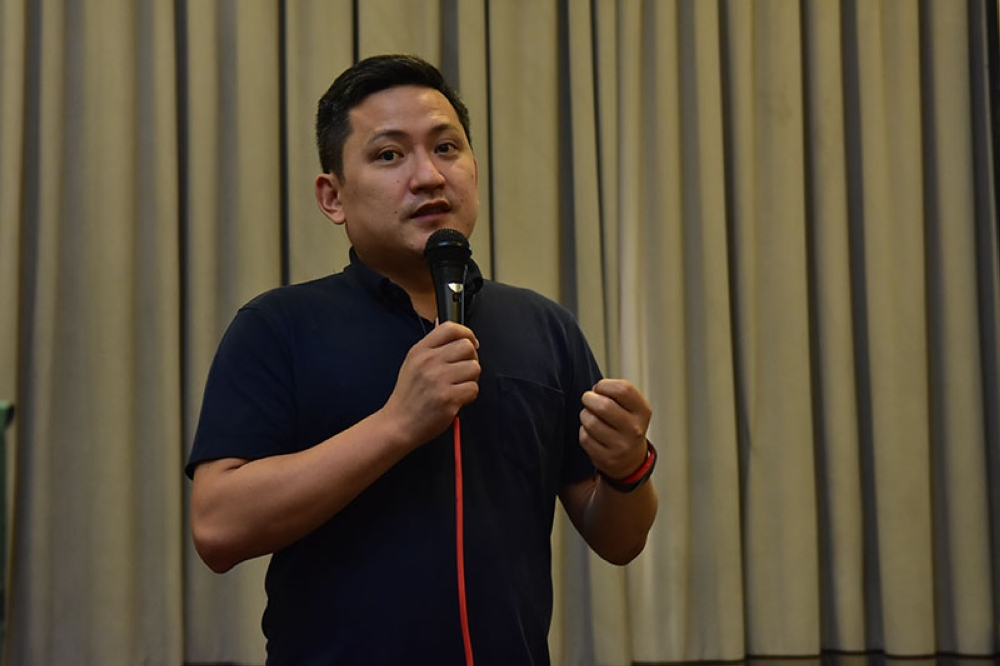 DAVAO. In this digital age, Globe Telecom, Inc. director for External Affairs for VisMin Patrick Steven Gloria said they are offering modern solutions for micro, small, and medium enterprises (MSMEs) for better, easier, and cashless conduct of business. (Macky Lim)