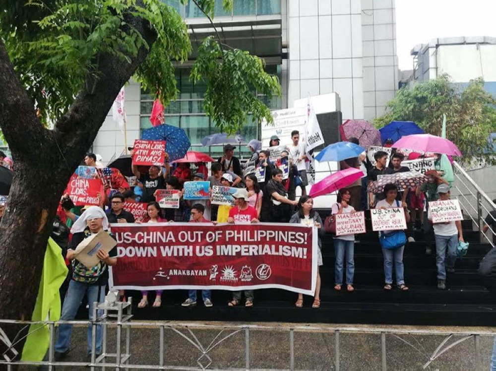 MANILA. Protesters demand justice for Filipino fishermen allegedly harassed by the Chinese Coast Guard. They also demand that China vacate the Scarborough (Panatag) Shoal, which is within the Philippines' exclusive economic zone. (Photo contributed by the Southern Police District)