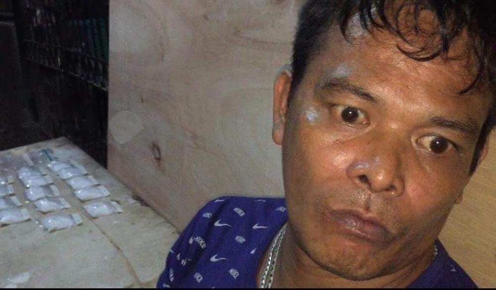 CEBU. Tombstone maker Joel Castro. (Photos courtesy of Romeo Marantal of dyRC and CDEU-CCPO)