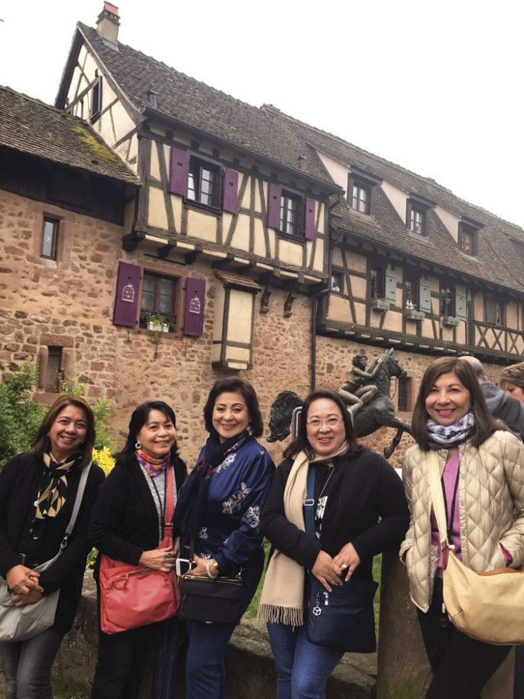 Suzette Reyes of Pro Flights Travel, Nelia Neri of SunStar Group of Publications, Aida Uy of Cebu Fortune Travel, Angelita Dy of Grand Hope Travel and Joanne Rae Ramirez of Phil. Star.
