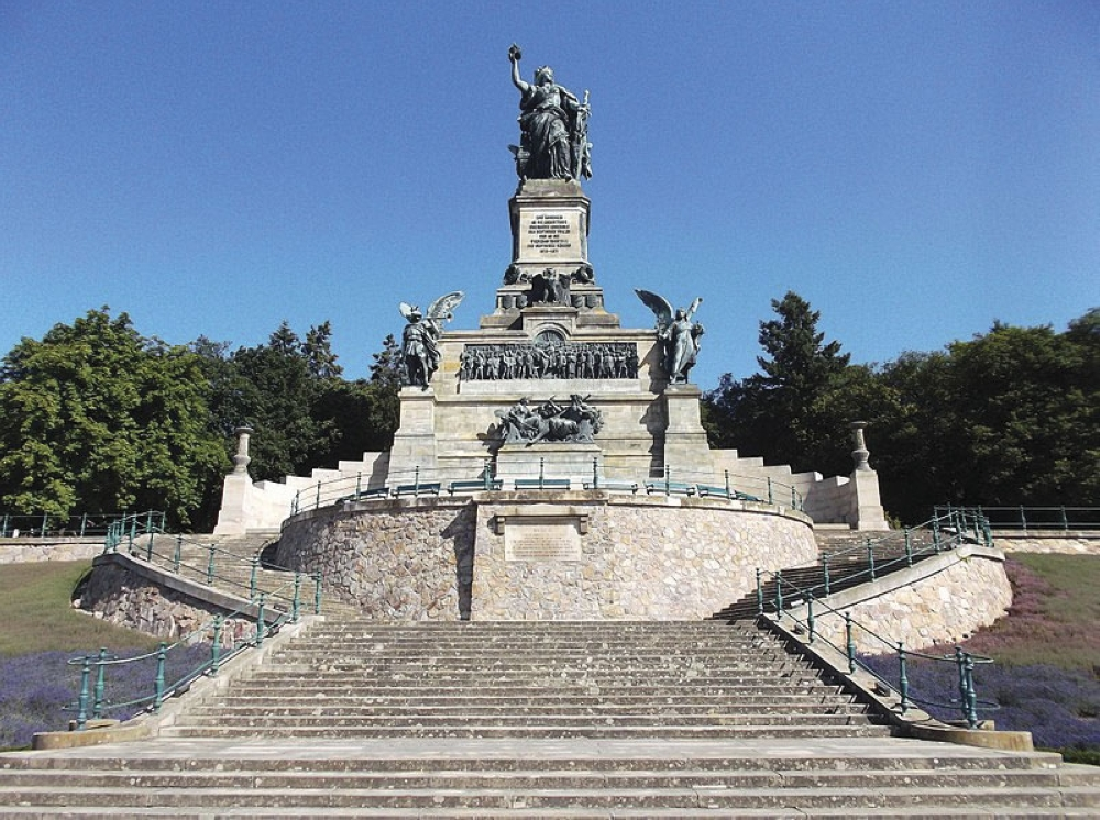 Niederwald Monument in Rudesheim. Commemorates the rebirth of the German Empire after the Franco-Prussian war in 1871.