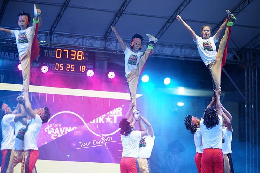 DAVAO. Mga contestants nipakita sa ilang talento sa eliminasyon sa DavNor Sikat! nga kompetisyon, isip usa sa mga pasundayag sa 51st Araw ng Davao del Norte nga selebrasyon. (Contributed Photo)