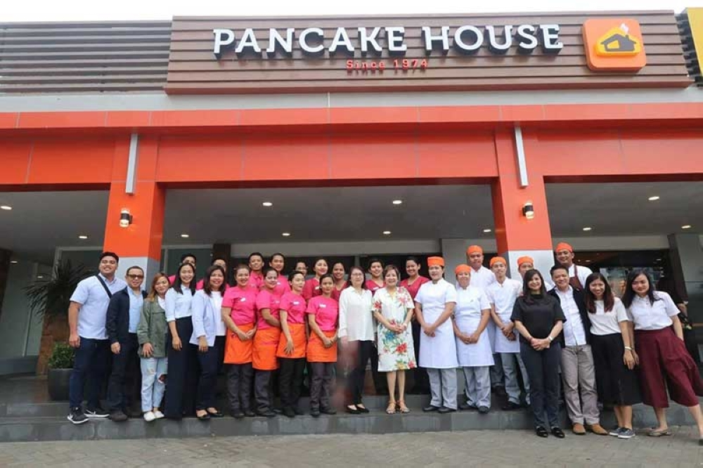 PAMPANGA. MCLFI President Ma. Theresa Laus and executives pose at the newly-opened Pancake House at Clark Restos. (Contributed photo)