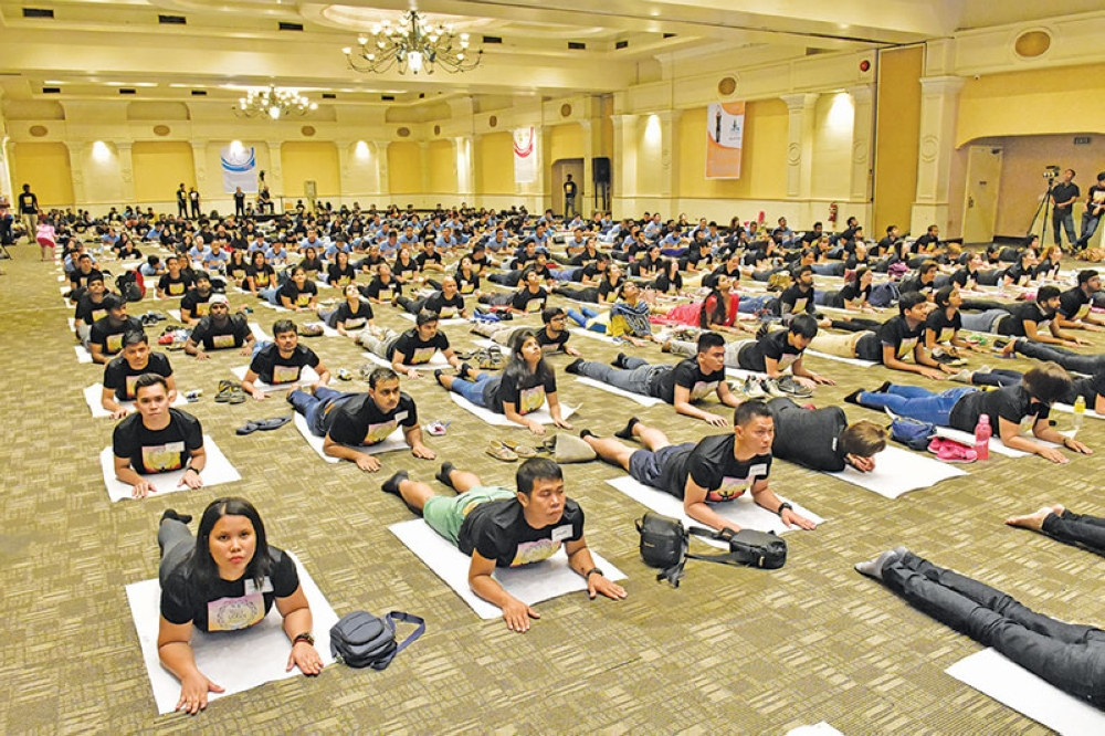 DAVAO. The Davao City Convention and Trade Center was filled with yoga mats and eager learners.