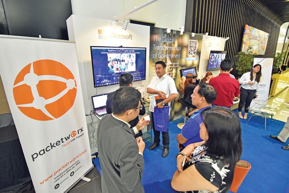 DAVAO. More data center operators are targeted to be attracted by the Department of Information and Communications Technology (DICT) as the agency moves towards providing faster internet connectivity for the Philippines. (Photo by Macky Lim)