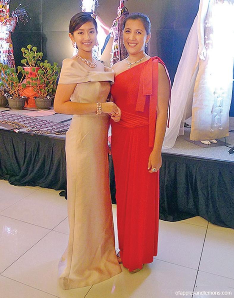 DAVAO. Cecilia with mom Jess, at last year's Hijos De Davao. (Jinggoy Salvador)
