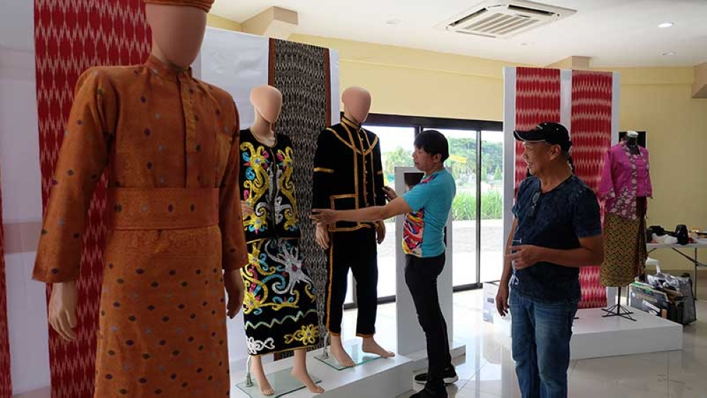 FASHION. As part of the Kadagayaan Festival 2018, 34 indigenous-inspired casual wear, formal wear, and evening gowns were showcased in the Fashion Night for a Cause on June 26, 2018. (Photo contributed by Davao del Norte)