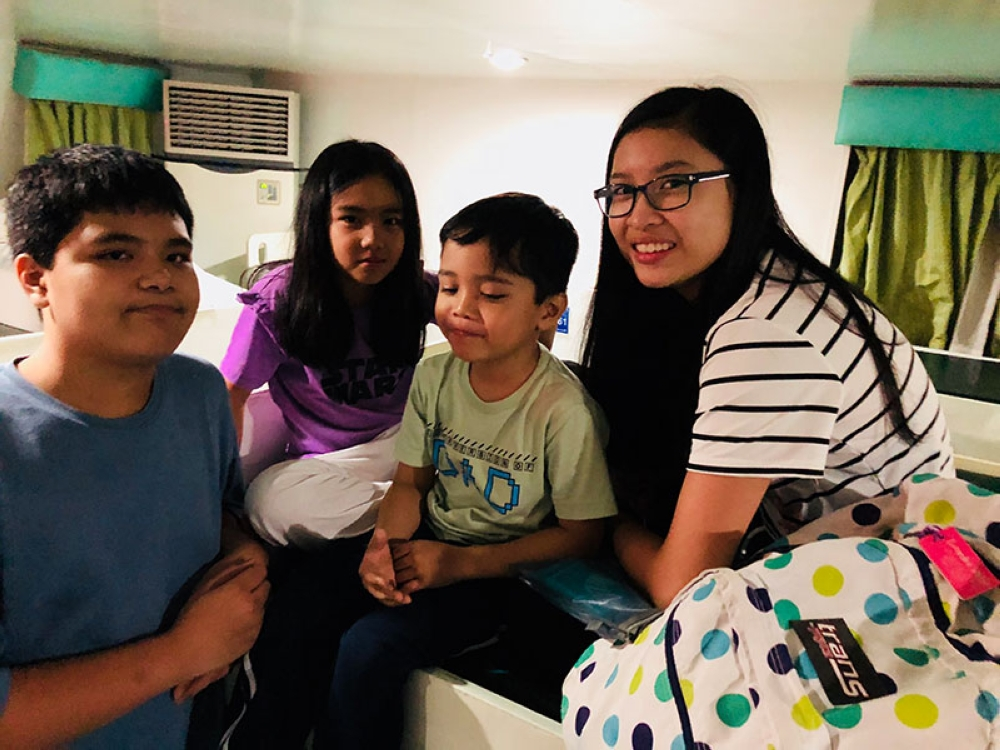 My 3 kids and their cousin, Zara Wabe-delos Reyes, a bit unhappy by one of the bunk beds. (Hannah Victoria Wabe)