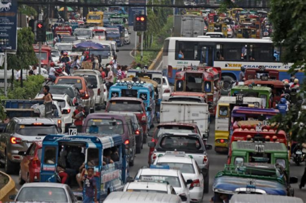Chamber okays DOTr 'basket of solutions' to address traffic woes