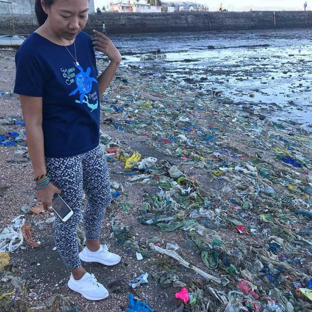 BACOLOD. A beach in a coastal barangay in Bacolod covered mostly by single-use plastic bags.