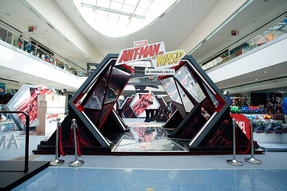 """""""Not The Actual Size"""" exhibit debuted at SM Mall of Asia to the delight of mallgoers and avid fans who experienced seeing the world from Ant-Man and The Wasp's perspective."""