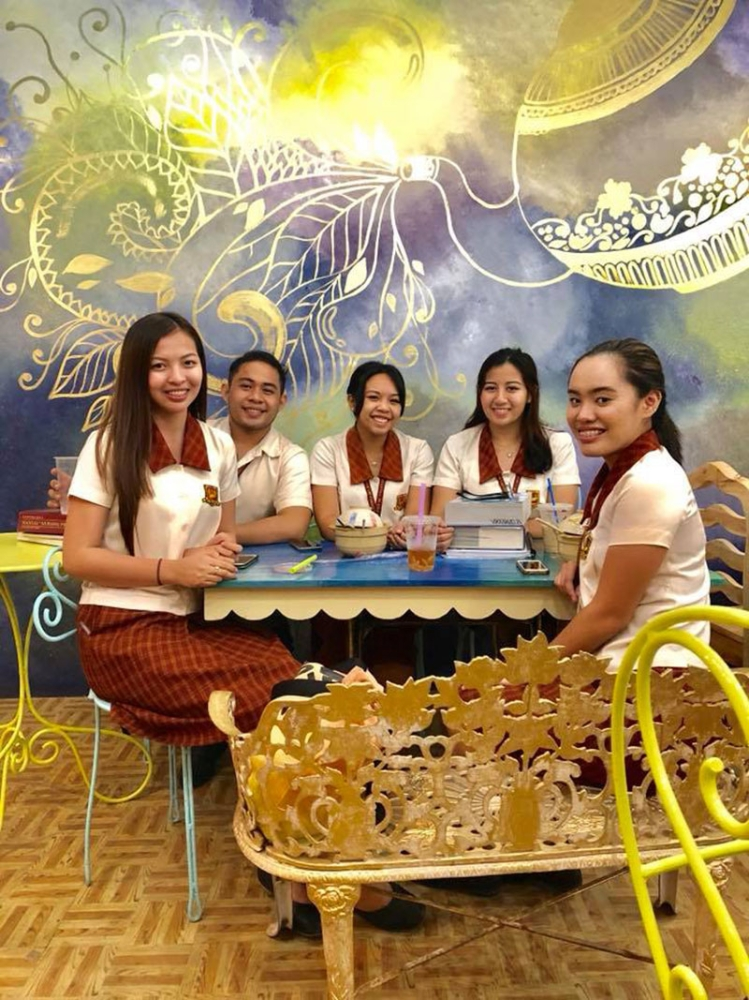 CAGAYAN DE ORO. Tea O'clock Bubble Tea House's customers are usually the students from Liceo de Cagayan University, which is beside the tea house. (Photo from Tea O'clock Facebook page)