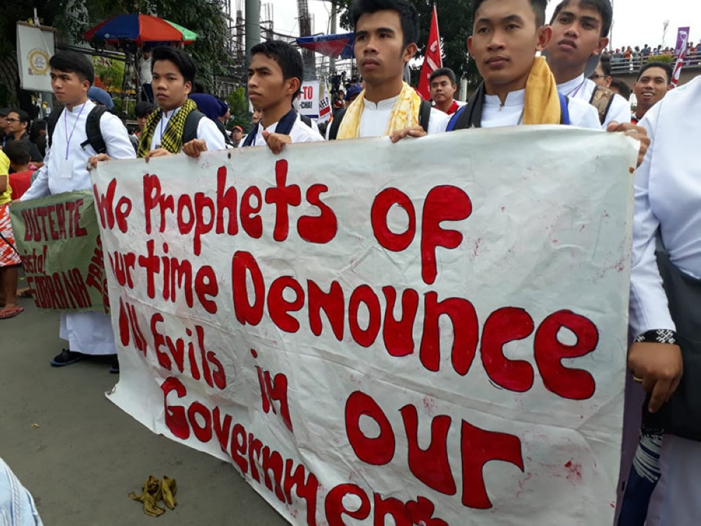 MANILA. Priests join the protests during the State of the Nation Address of President Rodrigo Duterte on July 23, 2018. (Third Anne Peralta-Malonzo/SunStar Philippines)