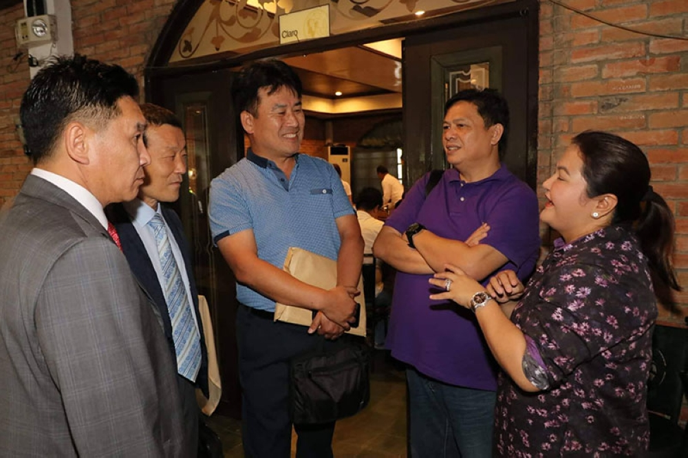 PAMPANGA. Lubao Mayor Mylyn Pineda-Cayabyab and Councilor John Susi met  Monday, July 23, 2018, with Sejong International Co. LTD CEO Kim Cheol-Ho, Korea Technology Bank Co. LTD President In goo Woo and Waste Professional Engineer Youn Ku Lee regarding the proposed $246 million state solar power plant project for Pampanga. (Chris Navarro)
