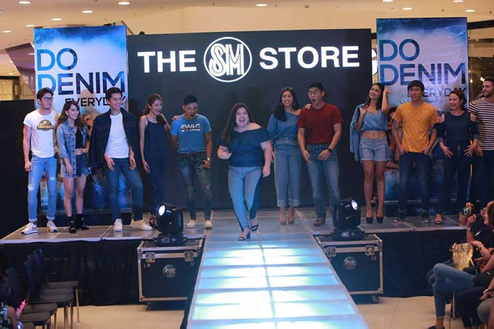 """Do Denim"" rules the runway, featuring the top brands, at SM City Bacolod."