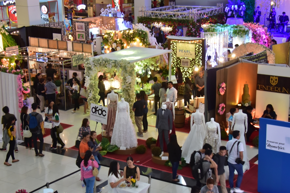 DAVAO. Kasalan at Kotilyon Expo will run from July 27 until today July 29 at Abreeza Ayala Malls Activity Center. (Macky Lim)