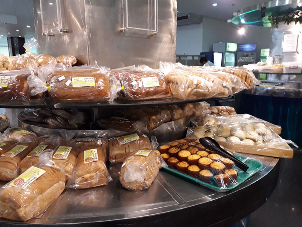 BACOLOD.  My goodness! Healthy breads at Nutributes