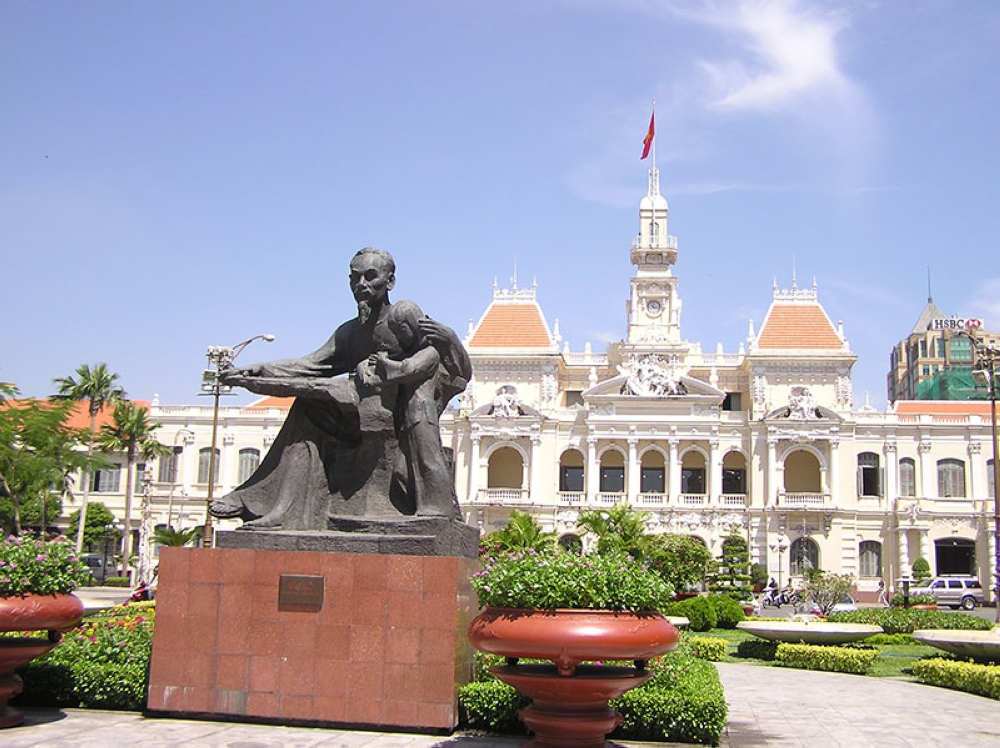 Ho Chi Minh's statue in front of the Saigon City Hall (Claire Marie Algarme)
