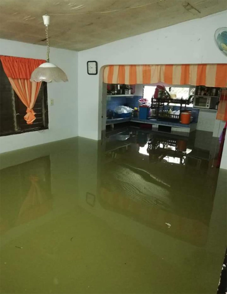 BULACAN. This photo taken Sunday, August 12, shows a house in Bulacan inundated with floodwater.  (Photo courtesy of Jennifer Naranjo)