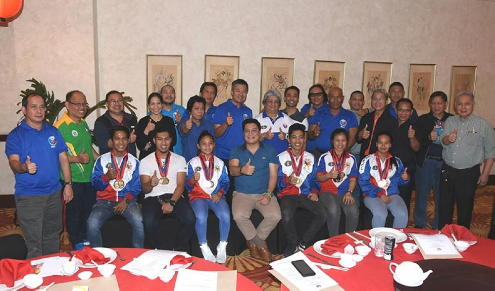 CHALLENGE. Pekaf chairman and president Sen. Miguel Zubiri (center) surprised members of the board when he said he will quit his post if the Philippine team fails to win the overall title in the sport in next year's Southeast Asian Games. (SunStar photo / Ruel Rosello)