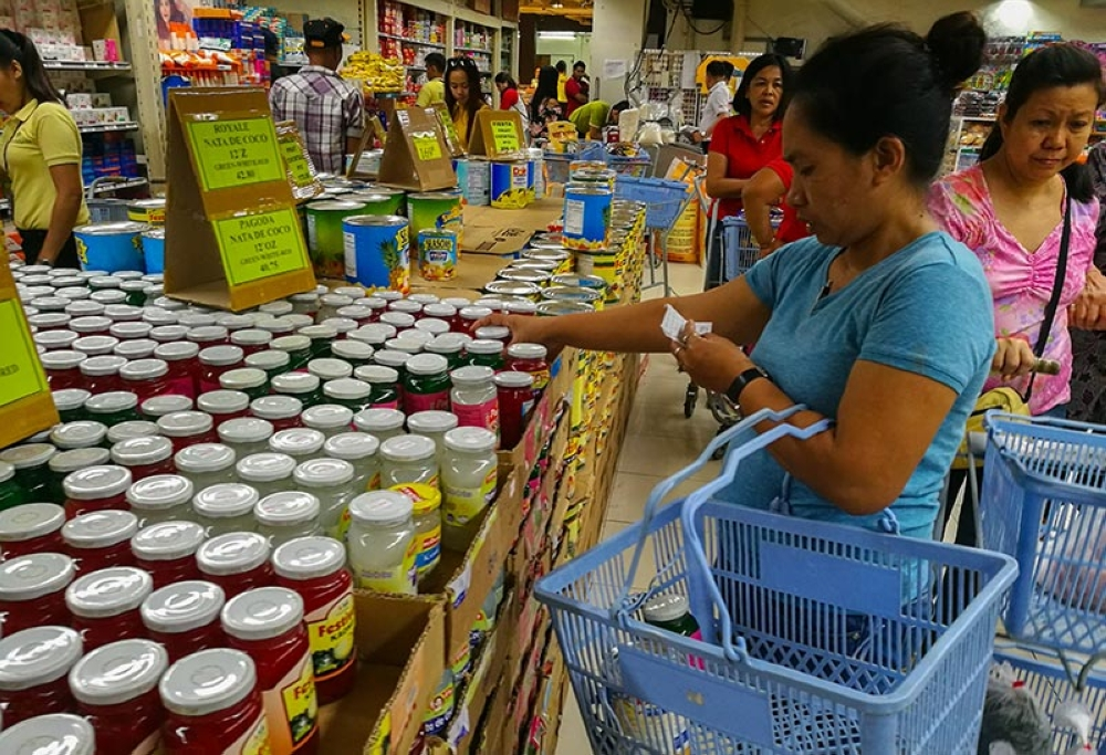 NEEDS VS. WANTS. With the high prices of goods, consumers are more circumspect when it comes to purchasing goods. (SunStar file)