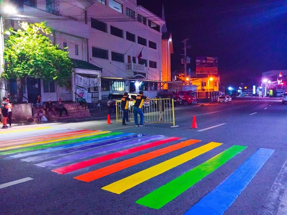 PRIDE. A pedestrian lane in Barangay Talamban, Cebu City carries the colors of the rainbow. (Contributed photo)