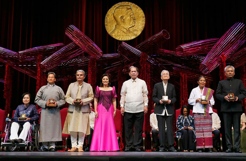 MANILA. The 2018 Ramon Magsaysay awardees pose with Philippine Vice President Leni Robredo (fourth from left) and Senen Bacani, chair of the Board of Trustees, (fifth from left) following awarding ceremony at the Cultural Center of the Philippines Friday, August 31, 2018, in Manila. (AP)