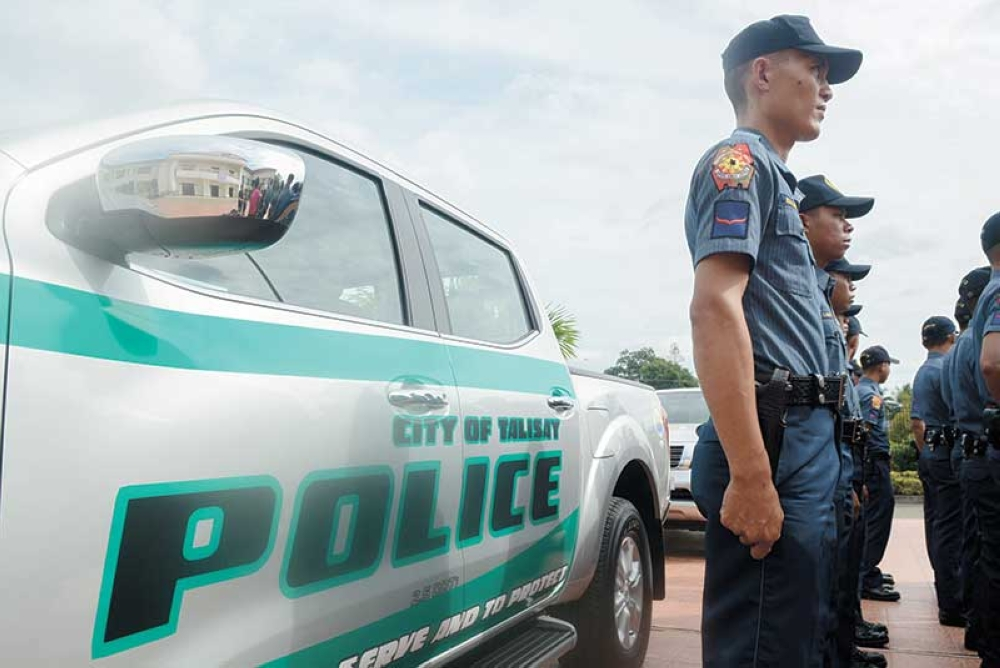 SUPPORT. Despite the allegations against the city police as being involved in the illegal drug trade, Talisay City continues its support to its police force by giving two new patrol cars. (SunStar Photo/Arni Aclao)