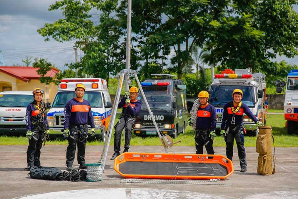 PAMPANGA. Personnel of San Fernando Rescue Unit showcase their equipment and rescue vehicles which were acquired through the utilization of the Local Disaster Risk Reduction and Management Fund (LDRRM). (CSF-CIO)