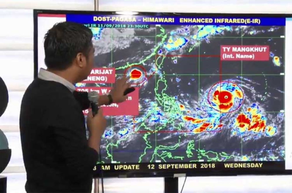 MANILA. Weather forecaster Chris Perez in a press briefing Wednesday, September 12, 2018. (Screenshot from Pagasa Facebook video)