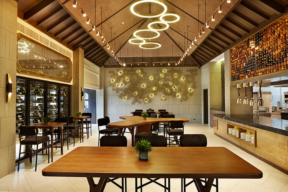 Fine Place. The Wine Cellar, Tapas Room and Open Kitchen at Enye, Crimson Resort and Spa Mactan. (Contributed Foto)