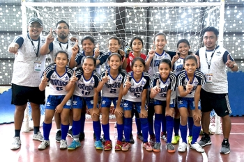 Champion. Mandaue City and Davao City both finished with a 4-2 win-draw record but had three more goals and got the Girls 13 division gold medal. (SunStar Foto/Ruel Rosello)