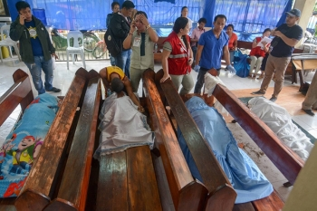 55 persons are missing while 18 are confirmed dead in the Naga landslide. (SunStar Foto /  Alan Tangcawan)