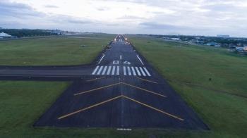 21 ka adlaw. Nakuha sa Mactan Cebu International Airport (MCIA) management ang target sa pag-ayo sa 3 kilometros kapin nga runway. Sud kini sa 21 ka adlaw. (Hulagway iya sa Department Of Transportation)
