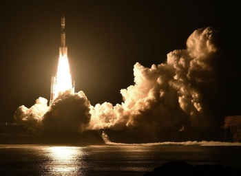 TOKYO. An H-2B rocket carrying the Kounotori 7 cargo spacecraft lifts off from Tanegashima Space Center in the southwestern Japan prefecture of Kagoshima, early Sunday, September 23, 2018. The unmanned Japanese space capsule is heading to the International Space Station with 5,500 kilograms (12,000 pounds) of cargo including food, experiments and new batteries. (AP Photo)