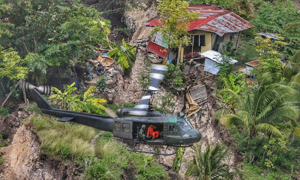 CEBU. The MGB-7 claims that they have issued a recommendation of forced evacuation two days before the massive landslide wiped out an entire sitio in the City of Naga. (SunStar foto Alex Badayos)